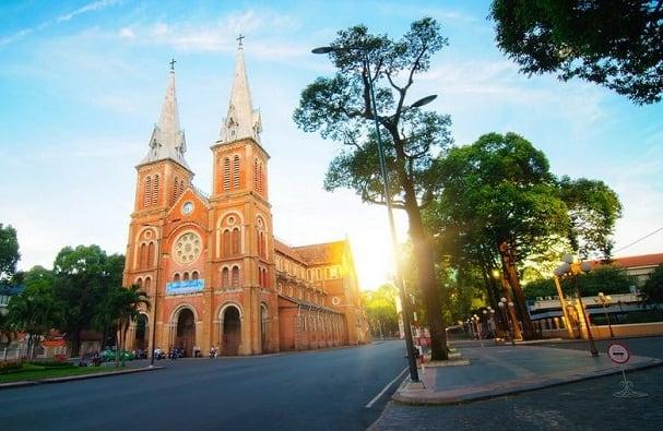 Giá vé máy bay đi TP Hồ Chí Minh
