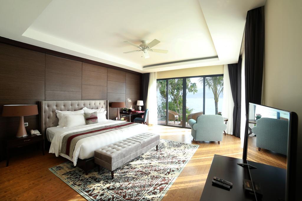 Phòng executive suite Vinpearl Resort & Spa Nha Trang Bay