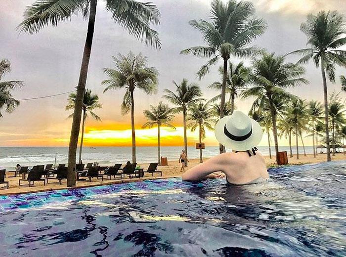 Hồ bơi Đặt phòng novotel Phú Quốc